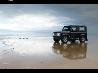 Land Rover Defender SVX 2…