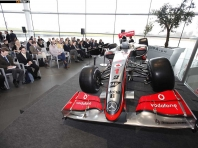 McLaren Mercedes F1 MP4-24 Vodafone 2009