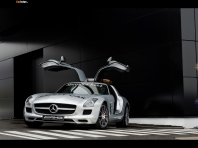 Mercedes SLS AMG F1 Safet…