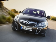 Opel Insignia Sports Tourer OPC 2010