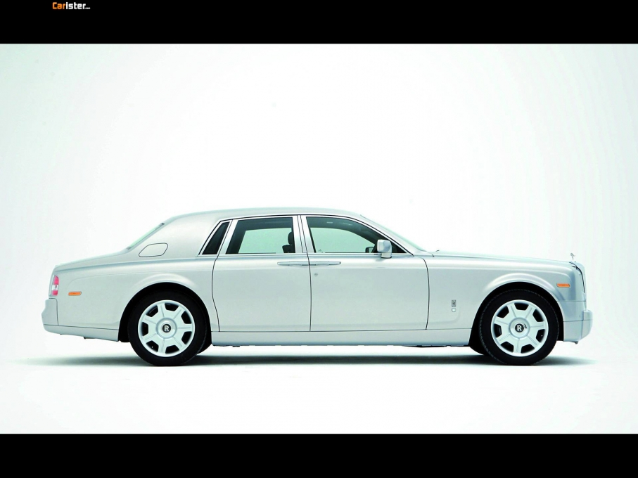 Rolls-Royce Phantom Silver 2007 - Photo 01 - 1024x680
