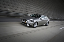 Lexus IS 300h 2014 - Phot…