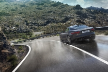 Jaguar F-Type R Coupe 201…