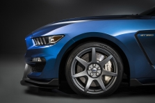 Ford Mustang Shelby GT350…