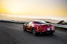 Alfa Romeo 4C Coupe US Ve…