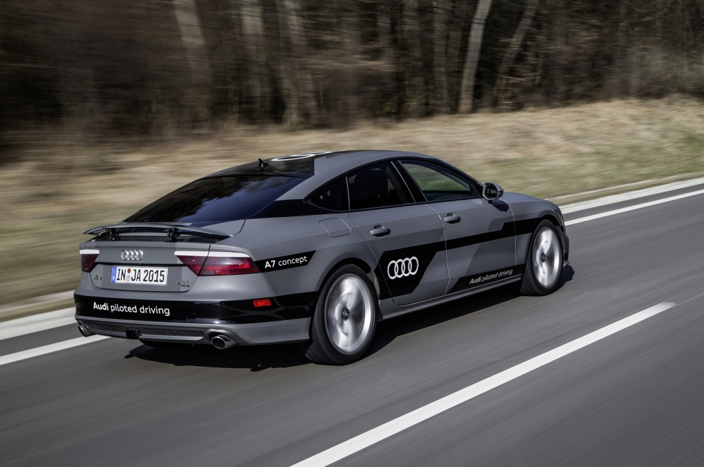 Audi A7 Piloted Driving Concept 2015 - Photo 02 - 1024x680