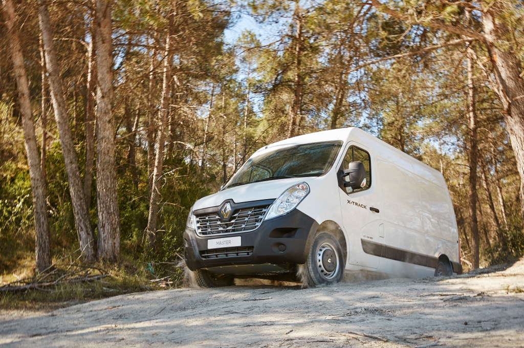 Renault Master X-Track 2016 - Photo 11 - 1024x680